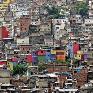 rsz_favela