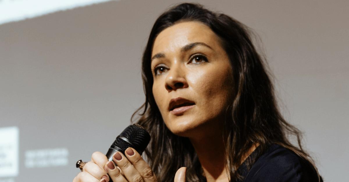 """O Brasil ainda está na vanguarda do atraso"", afirma Ilona Szabó"