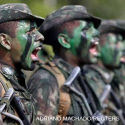 Qual o papel dos militares na democracia brasileira